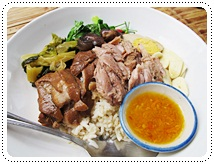 http://pim.in.th/images/all-one-dish-food/stewed-pork-leg-on-rice/small-pork-leg-01.JPG
