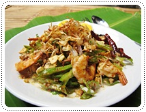 http://pim.in.th/images/all-one-dish-shrimp-crab/yam-tou-plu/yam-tou-plu-01.JPG