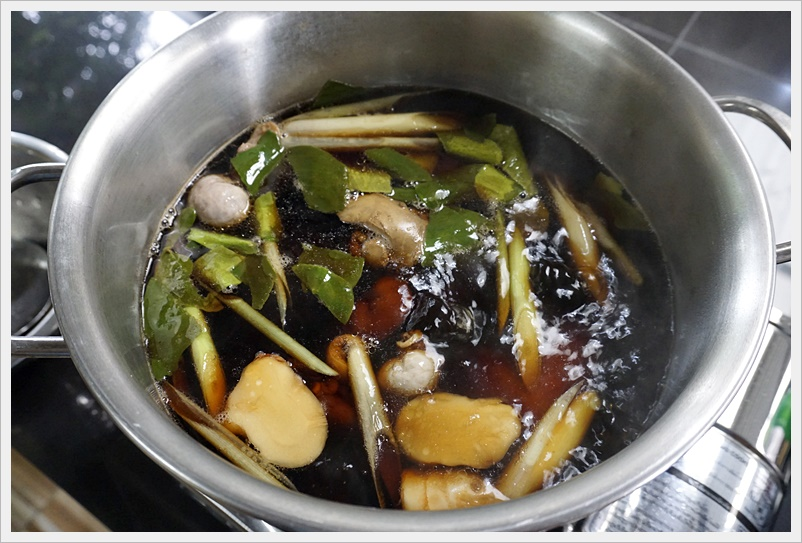 boiled chicken with soy sauce 10