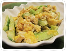 http://pim.in.th/images/all-side-dish-chicken-egg-duck/fried-cucumber-with-egg/fried-cucumber-with-egg-01.JPG