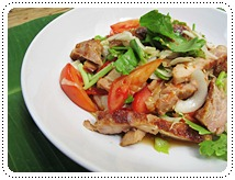 http://pim.in.th/images/all-side-dish-chicken-egg-duck/yam-kai-yang/yum-kai-yang-01.JPG