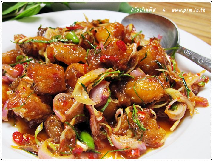http://pim.in.th/images/all-side-dish-fish/pla-pla-tubtim-tod/red-tilapia-spicy-salad-20.JPG