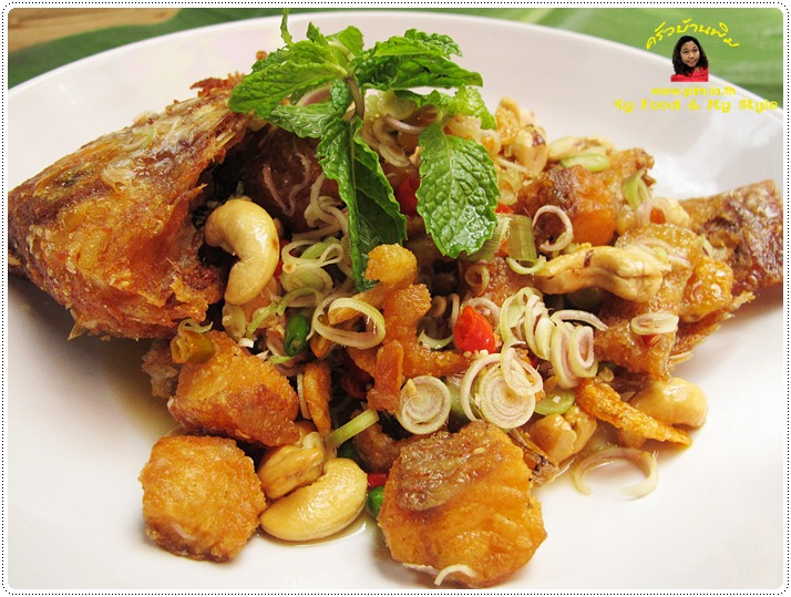 http://pim.in.th/images/all-side-dish-fish/pla-tubtim-tod-yum-takrai/pla-tubtim-tod-yum-takrai-11.JPG
