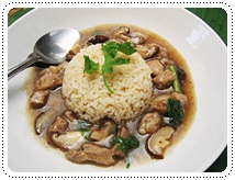 http://pim.in.th/images/all-side-dish-pork/rice-with-pork-and-shiitake-soup/rice-with-pork-and-shiitake-soup19.JPG