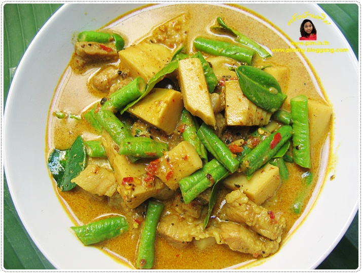 http://pim.in.th/images/all-side-dish-pork/southern-thai-currry-with-pork-and-bamboo-shoot/southern-thai-currry-with-pork-and-bamboo-shoot-17.JPG