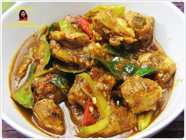 http://pim.in.th/images/all-side-dish-pork/southern-thai-curry-short-ribs/southern-thai-curry-short-ribs-01.JPG