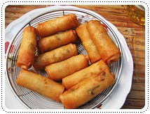 http://pim.in.th/images/all-thai-dessert/chicken-curry-spring-rolls/chicken-curry-spring-rolls-01.JPG